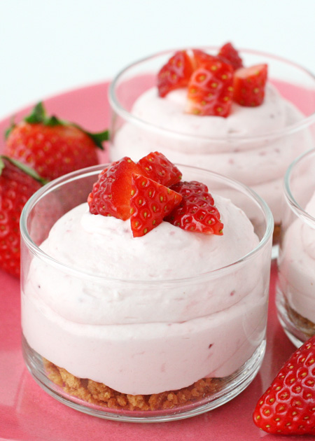 easy-strawberry-cheesecake