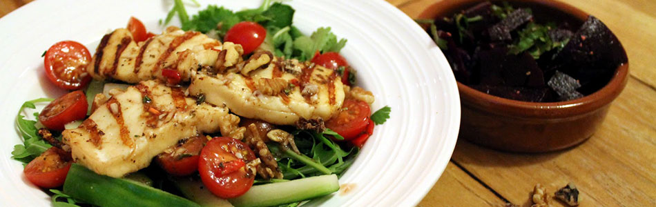 Warm Halloumi, Tomato & Walnut Salad Recipe